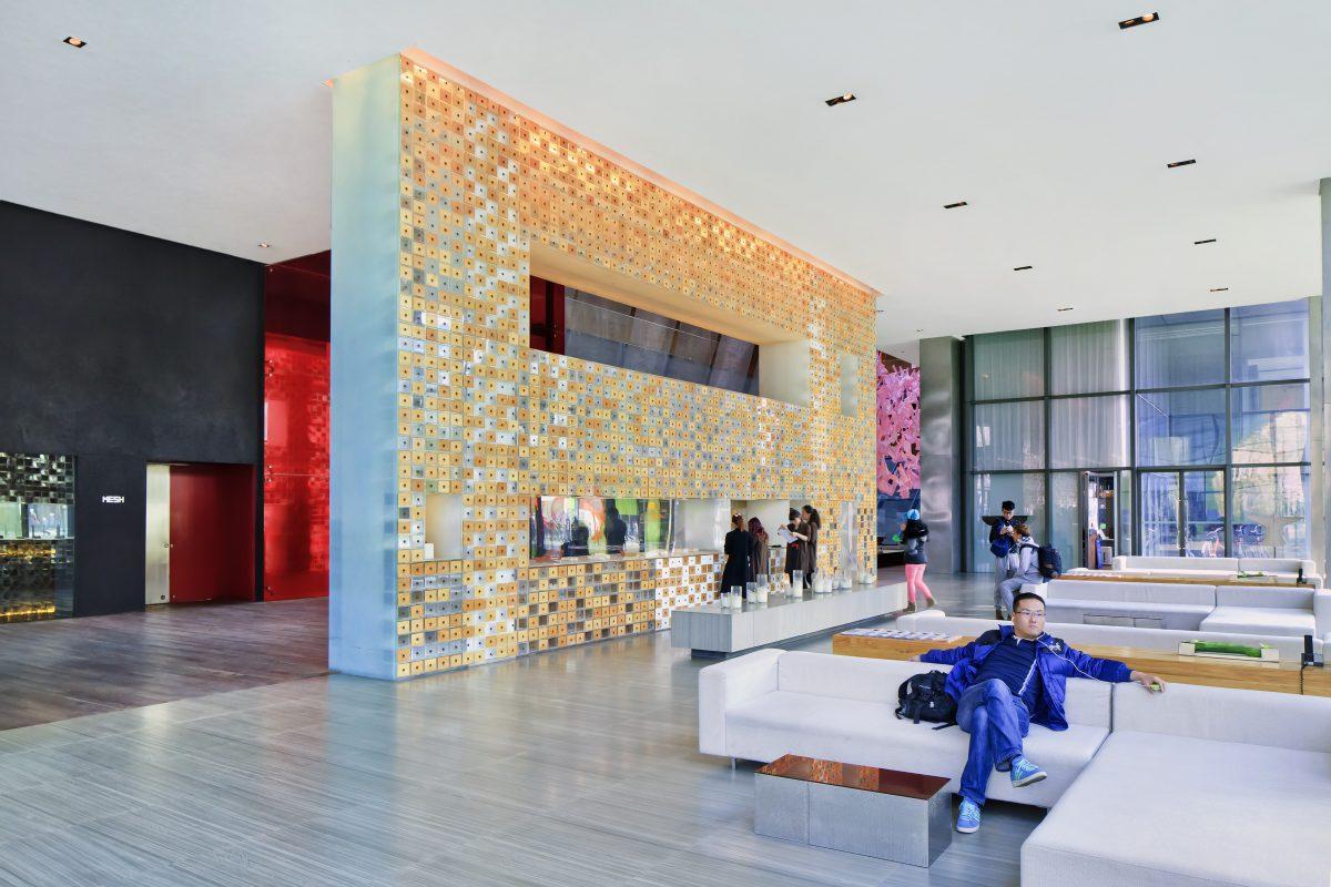 Otelinizde lobi, spa gibi alanlarda müziği nasıl farklılaştırabilirsiniz?
